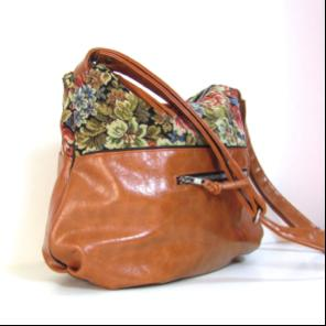 Grand sac bandoulière femme simili cuir camel et tissu ameublement