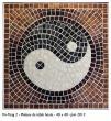 Guéridon Yin-Yang 2 Pâte de verre Irisée. 38X38cm