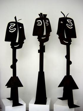 les ados sculptures en acier reste un couple fille et garcon hauteur 1,54m  prix pour le couple