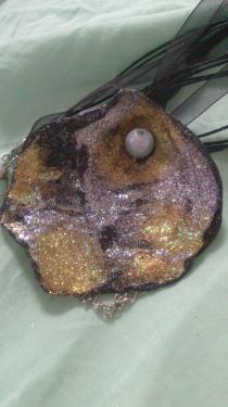 Forme en poire couleurs doré argenté gris mélangés Référence A11