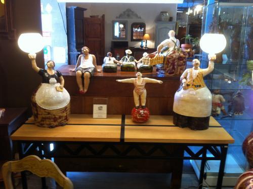 COUPLE DE GRANDES LAMPES SERVITEURS