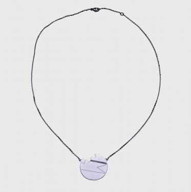 Sold� � moins 20% : ? 960  Collier Lune Cass�e en or blanc