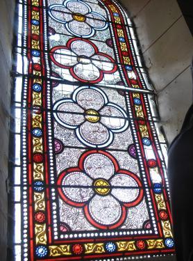 Eglise de Saulnay(36) Vitrail avant restauration