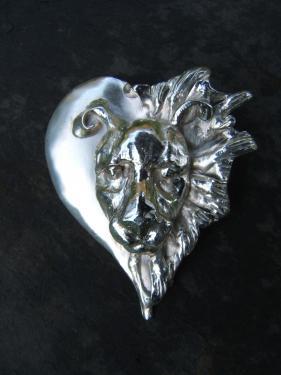 pendentif coeur de lion laiton plaqué argent sur commande