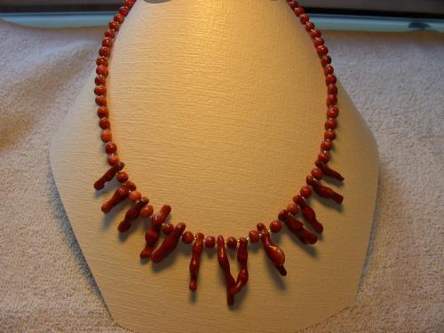 BIJOUX BIO N° 6   Collier Gorgonne  Zoom : 1 Clic sur le Bijou  Bracelet & Boucles d'oreilles assorties
