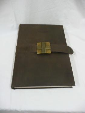Livre d'or - 34cmX34cm - plein cuir Ceinture cousu main - boucle fermoir