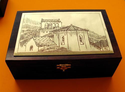 Boîte à bijoux Eglise de Concoules         14x14x4,5h