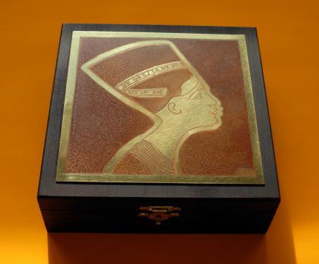 Boîte à bijoux  Nefertiti 14x14x4,5h