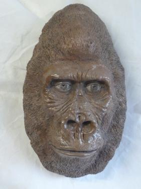 gorille des montagnes gr�s patin�  H 34 x  L 19 cm x P 10cm