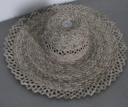 Chapeau de l'élégance orné de Cannages d'un bord plat de 13 cm N°12