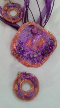 Tons violet & cuivré et pierres incrustées Référence E5