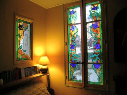 Habillage fenêtre et fenestron dans une bibliothèque