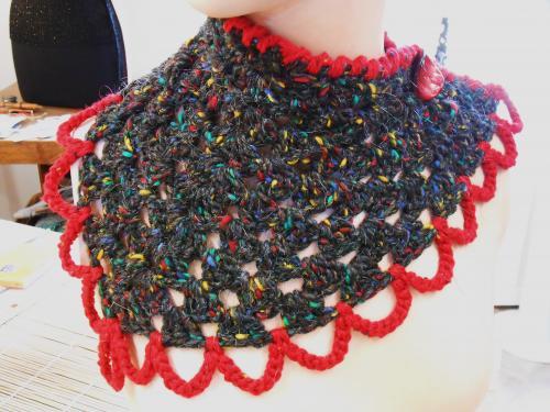 Echarpe,tweed pure laine et mohair,crochet�e � la main: 38 euros + port