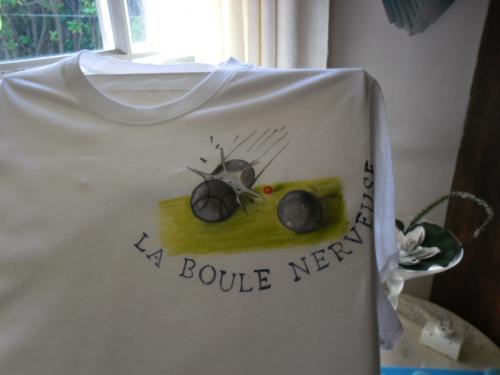 Peinture sur tee shirt personnalisé à la demande