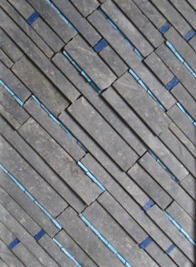 Saphir Mosaïque de pierre bleue et tesselles de pâte de verre bleu, dans cadre alu. Format 40X30