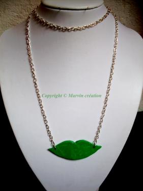 SAUTOIR lèvres vert flashy Réf: CO44