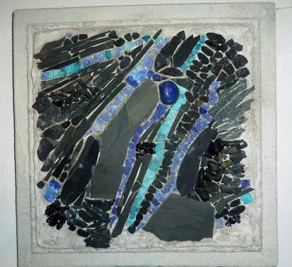 Formes et couleurs  Schistes ardoisiers, amazonite,  Lapis lazuli 30x30