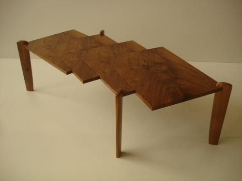 table basse en noyer
