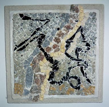 Ligne noire  Obsidienne, granit, matériaux divers  40x40