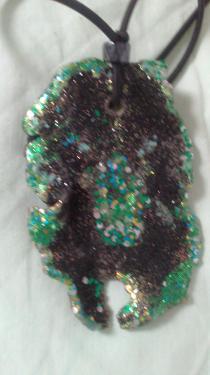 Un mélange vert émeraude et noir Référence V1