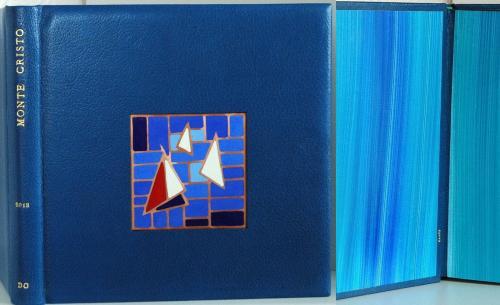 ALBUM PHOTOS avec incrustation d'émail champlevé sur cuivre 20/10ème Chèvre Breteuil 26x25 cm Papier de garde Claire Lutz Titre : or 22 carats