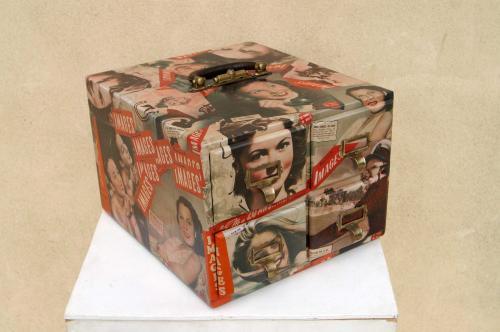 Images: ancien tiroir a fiches customisé avec des couvertures