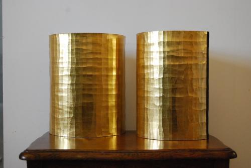 Appliques en tissus doré à l'eau (méthode traditionnelle) à la feuille d'or.
