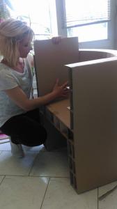 Logo de Coralie guinet créatrice mobilier en carton